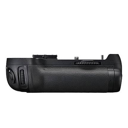 Nikon MB-D12 Multi Power Battery Pack Grip